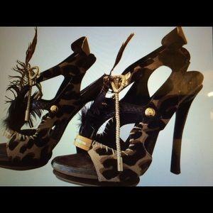 New LV sandals